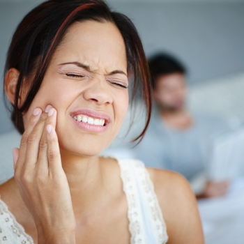 Are You Making Your TMJ Pain Worse? 3 Things to Know